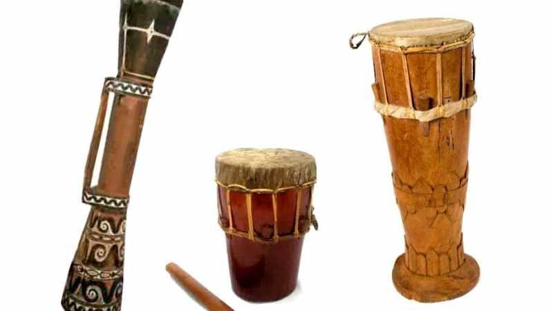 Gambar alat musik pengiring tifa