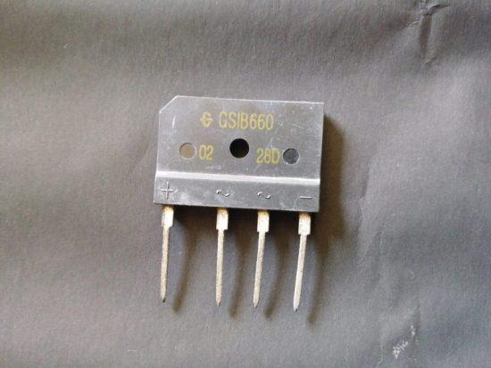 Gambar dioda bridge bentuk sisir