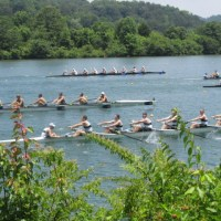 The Tennessee River: Recreation on a River, Living on the Lake