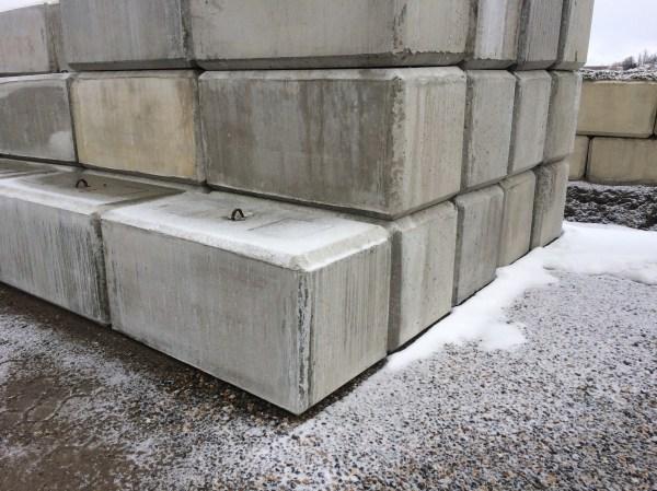Precast Concrete Barrier Blocks