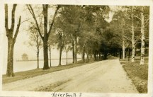 Bank Ave, RYC in distance