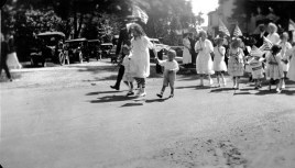 1920 Fourth of July parade in Riverton
