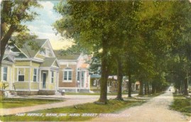1910 postcard, Post Office & Bank 609 Main