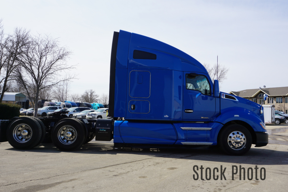 2016 KW Blue Stock4