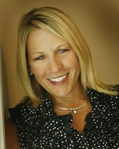 Kim Chirst Kanatzar Selling New  Homes In  Lakewood Ranch Florida