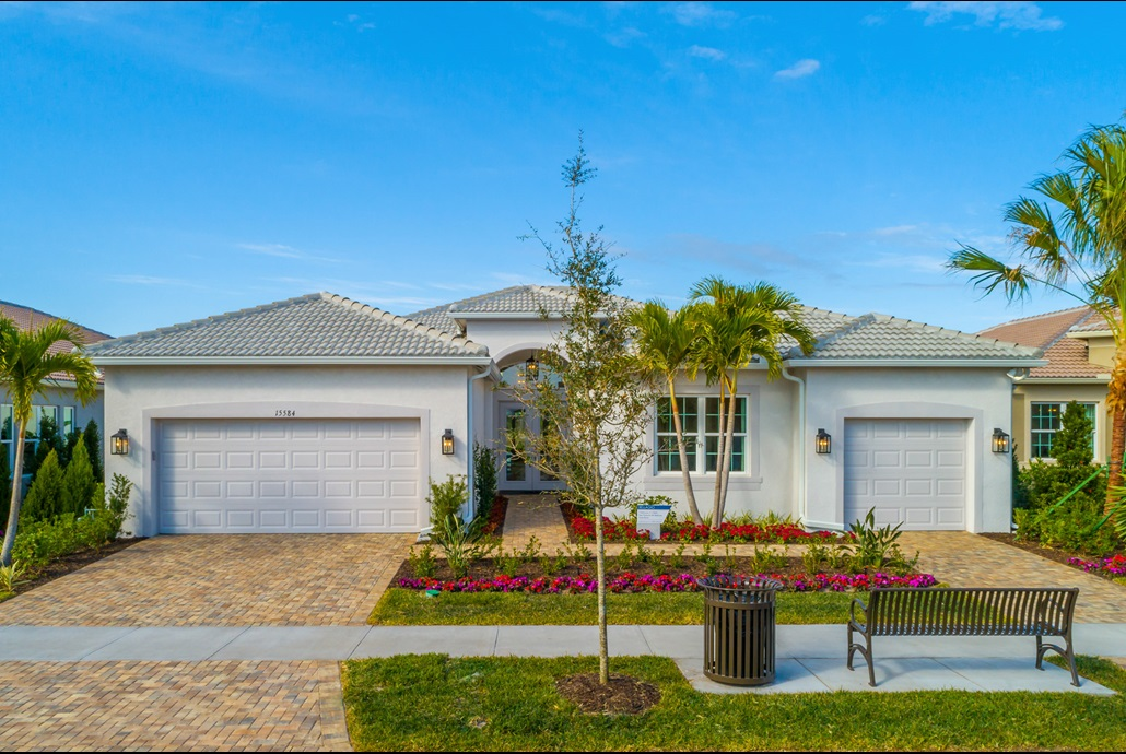 The Bellagio Model Home | The Royal Collection at Valencia del Sol in Tampa, Florida