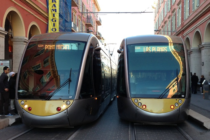 The new, longer trams in Nice