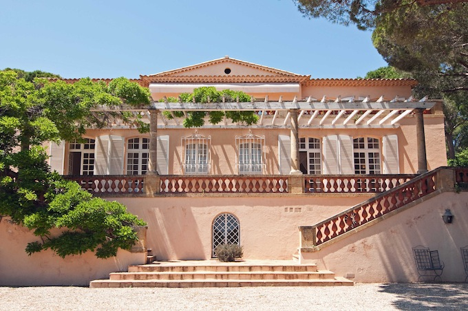 Beautiful villa in Ste. Maxime with Home Hunts
