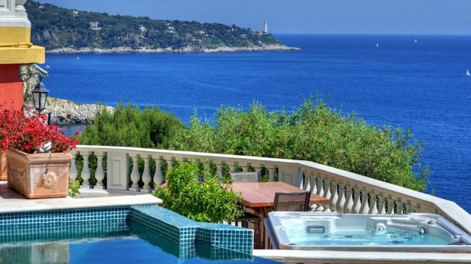 Superb villa on the Cap de Nice by Home Hunts