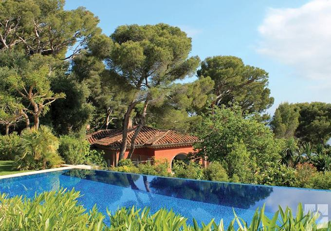 Stunning garden on the French Riviera by Riviera Gardens