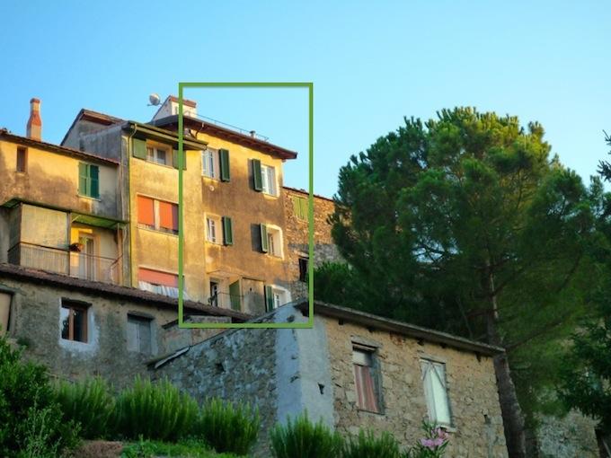 House in historic Perinaldo PE430