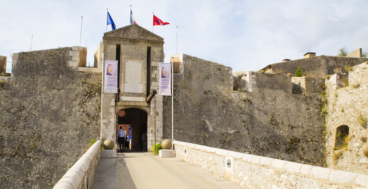 Salon Art & Antiquities Fair at the Citadelle in Villefranche