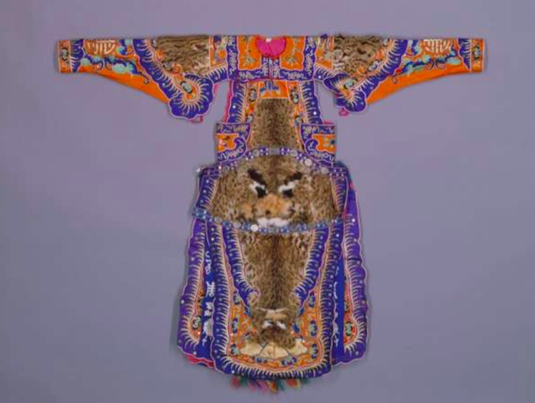 Chinese opera costume Forbidden City