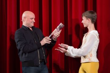 J-Ch. Maillot receives Prix de Lausanne award -- photo by Gregory Batardon