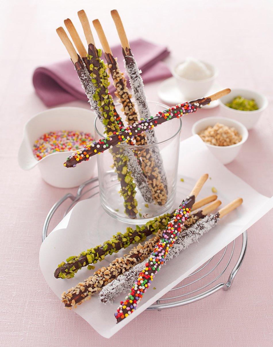 Mikado fatti in casa con grissini di cioccolato fondente