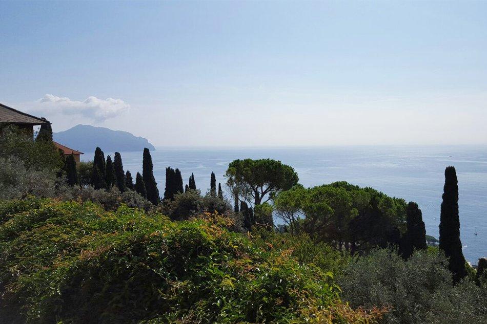 Sant'Ilario vista panormaica sul golfo Paradiso