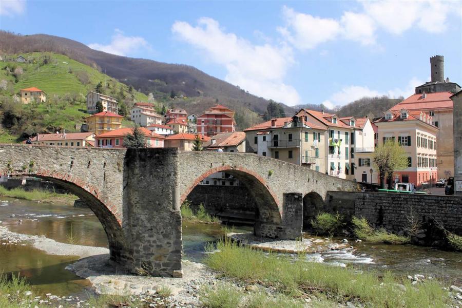 campo ligure ponte antico