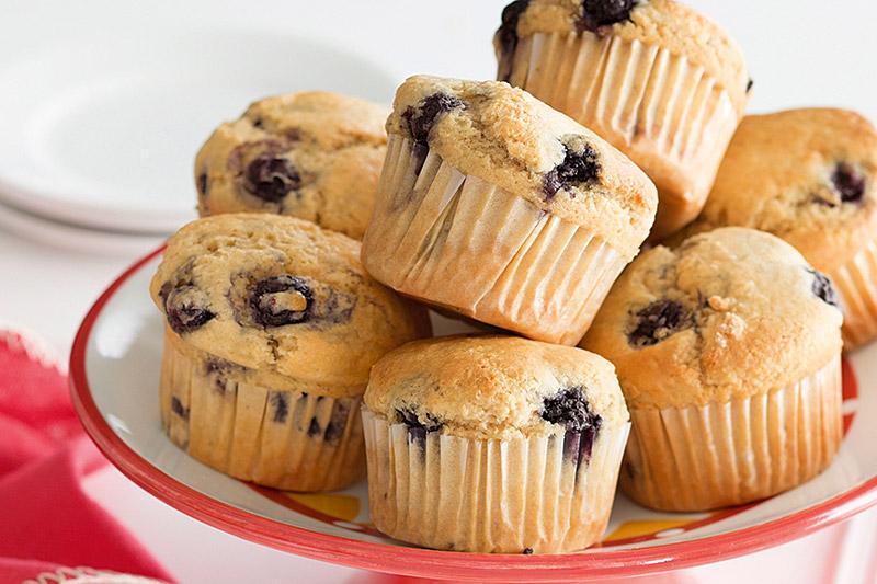 Regalo di Natale fai da te preparato di per i muffin in barattolo