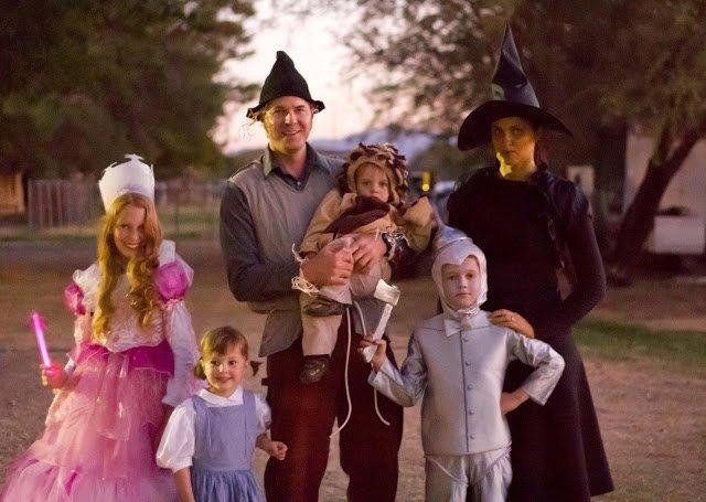 Costumi di Carnevale per tutta la famiglia a tema mago di Oz