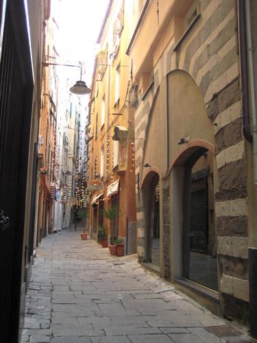 Genova e i suoi tipici caruggi storici