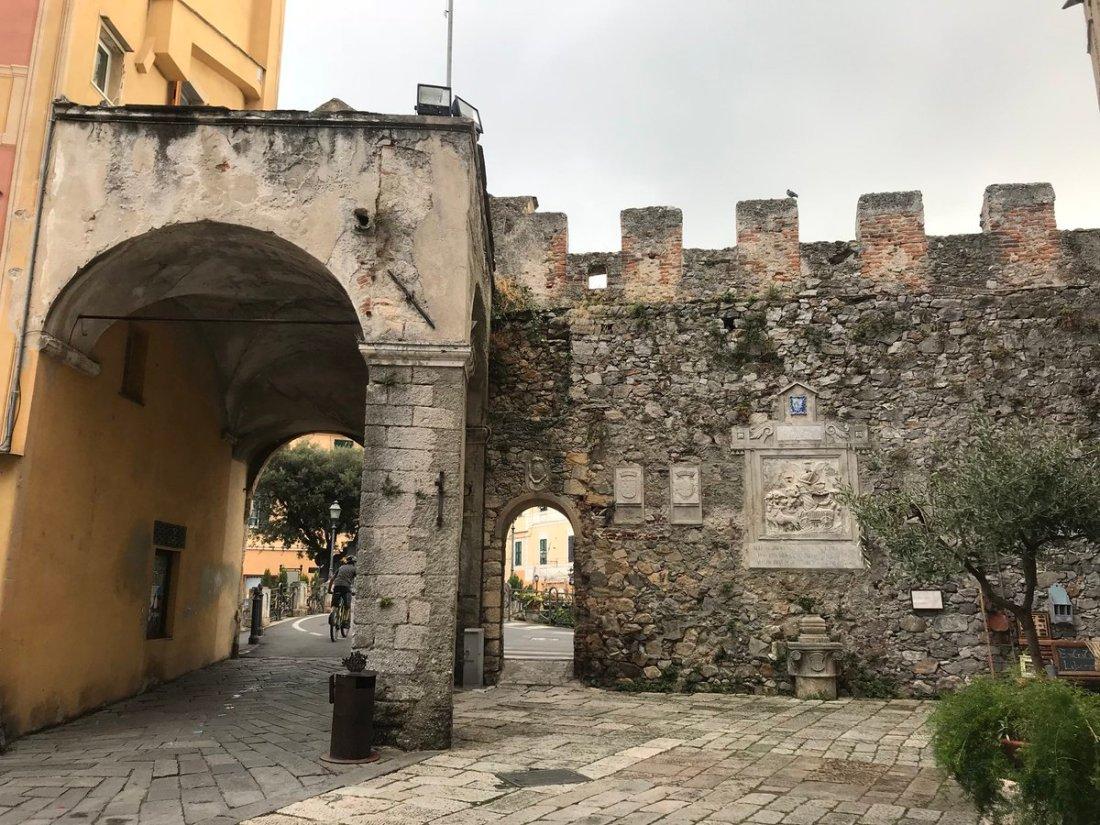 Mura di finalborgo