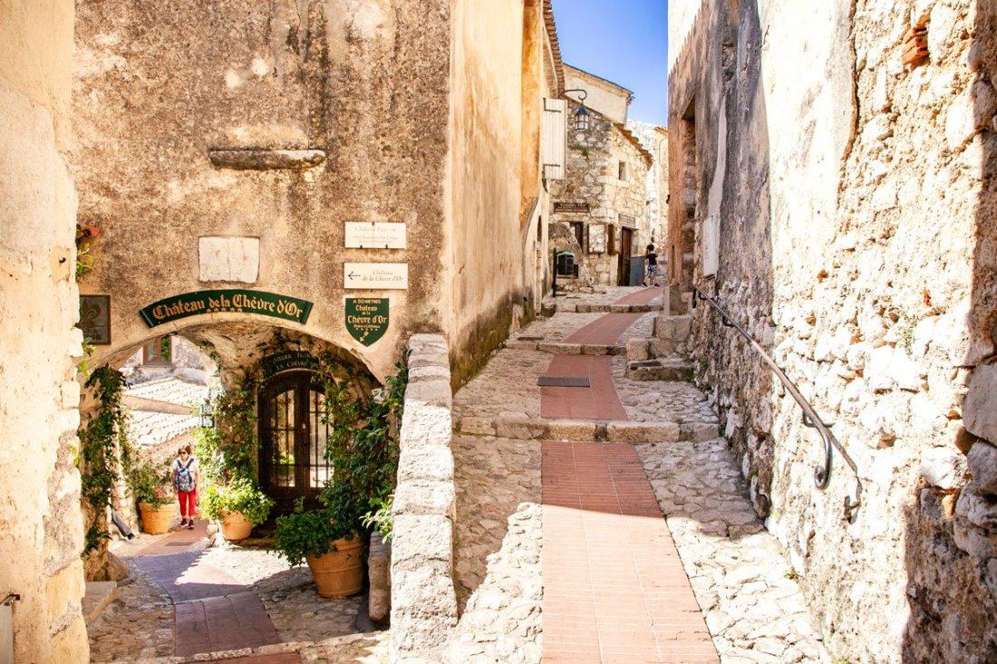 Saint Paul de Vence vicolo antico nel borgo