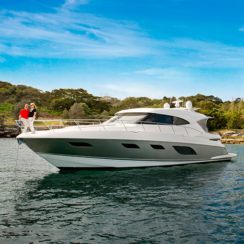 Riviera to display sophistication and style at US New England boat shows