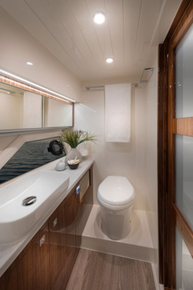 Riviera 505 SUV Master Ensuite 03 - Gloss Walnut Timber Finish