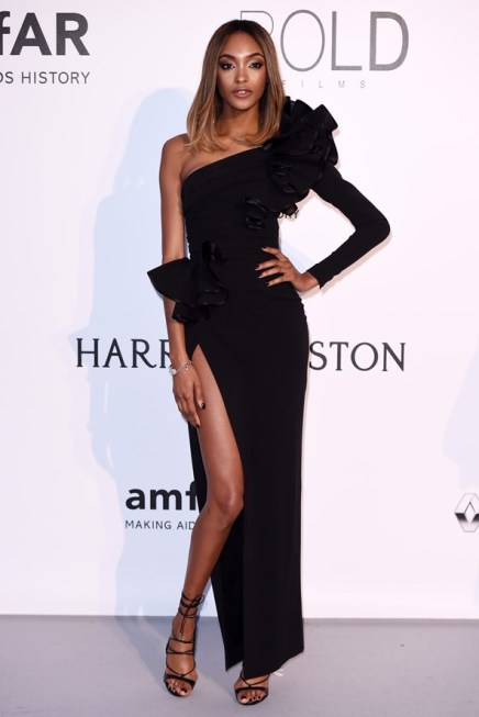 Jourdan Dunn en robe et escarpins Dsquared2