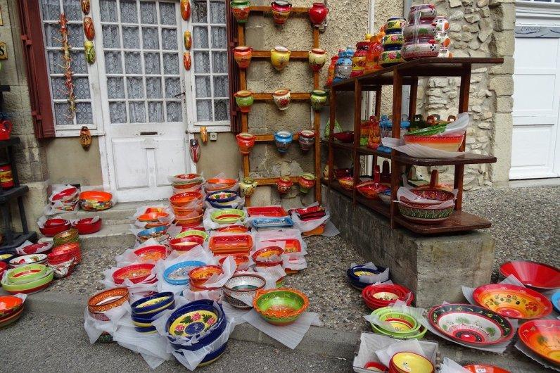 chateauneuf-du-pape-1091674_1280