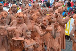 hommes d'argile - Carnaval à Rivière-Salée 2018