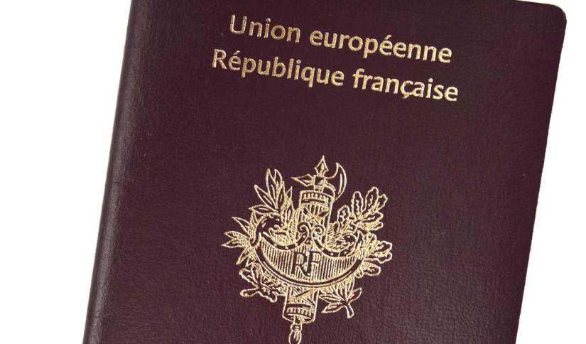 Nouveau passeport - Rivière-Salée