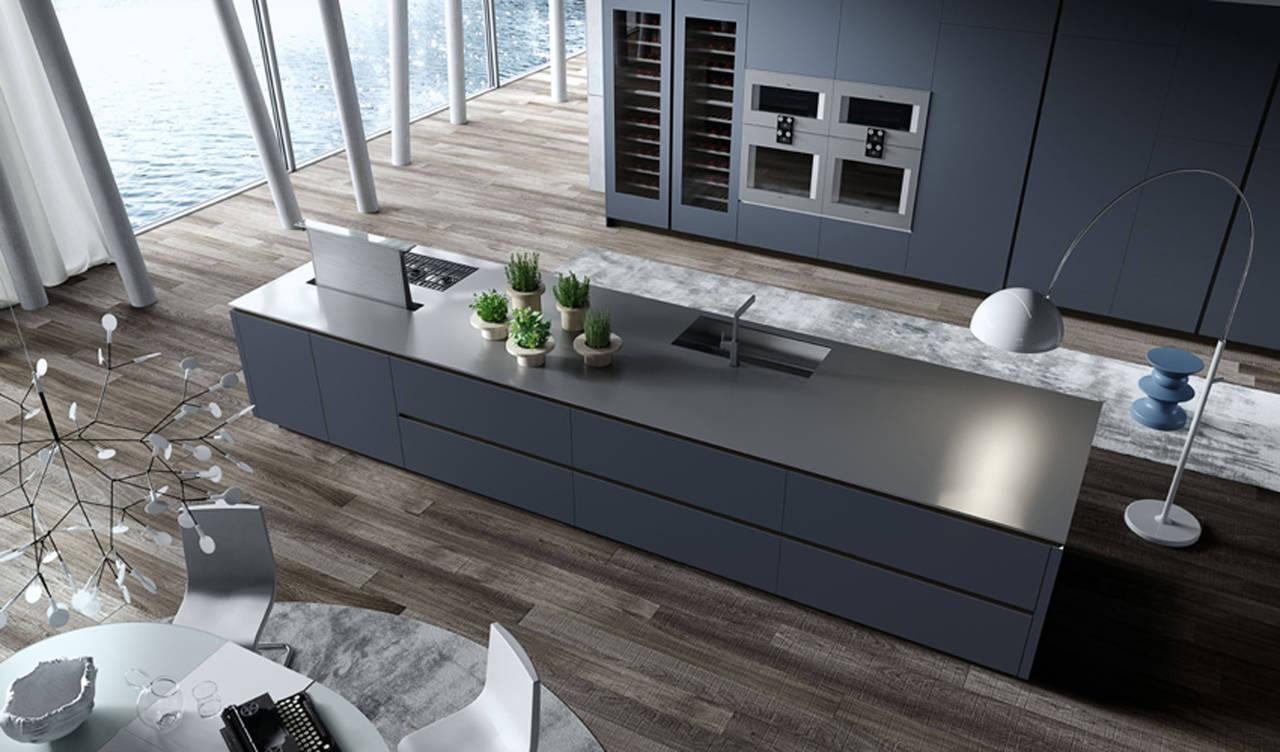 Tocchi di blu e dazzurro in cucina  Ambiente Cucina