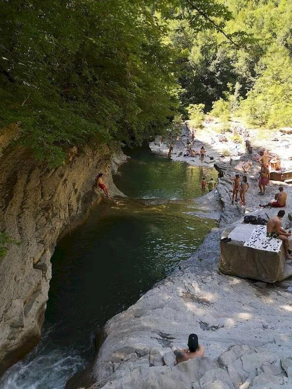 piscina naturale poggio alla lastra