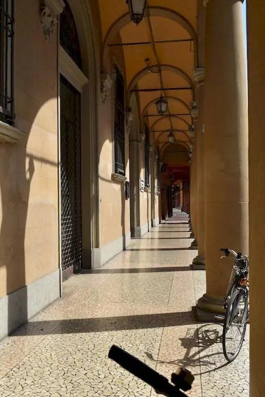 portici Cento