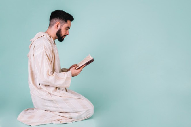 10 Manners Of Reading The Quran