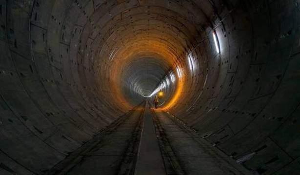 اكتمال حفر نفق الخط الأخضر بمشروع قطار الرياض