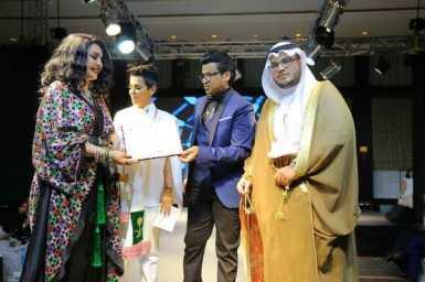 فيصل العثيم يقدم مجوهرات بقيمة نصف مليون ريال في فاشن وي البحرين