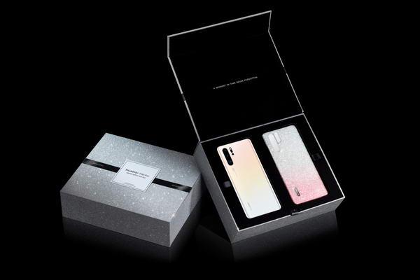 نسخة محدودة من HUAWEI P30 Pro بلون أبيض لؤلؤي وغلاف فاخر مرصع بكريستالات سواروفسكي