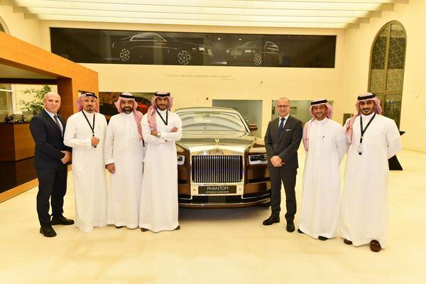 """رولز-رويس موتور كارز المملكة العربية السعودية تكشف عن """"جناح الخصوصية"""" في الرياض وجدة"""