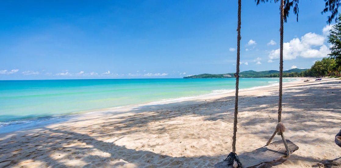 Phuket et sa plage de 3km de sable blanc : Bang Tao ou le plaisir ...