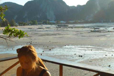 Pause agréable lors d'un séjour à Koh Phi Phi (Thaïlande)