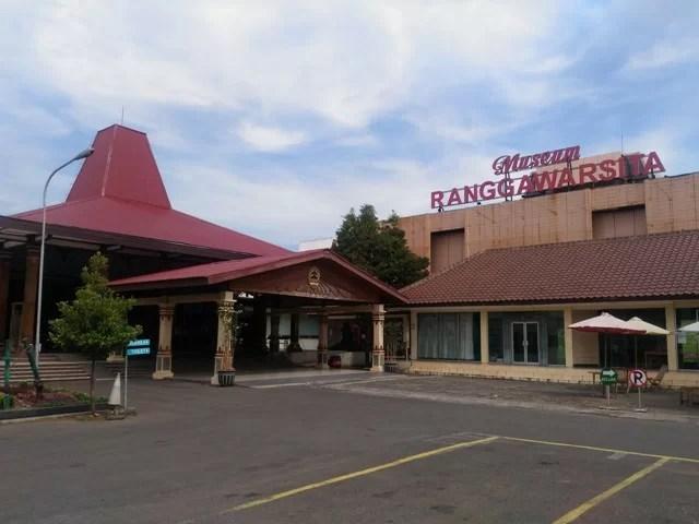 Short Escape, Wisata Museum Jawa Tengah & Lawang Sewu