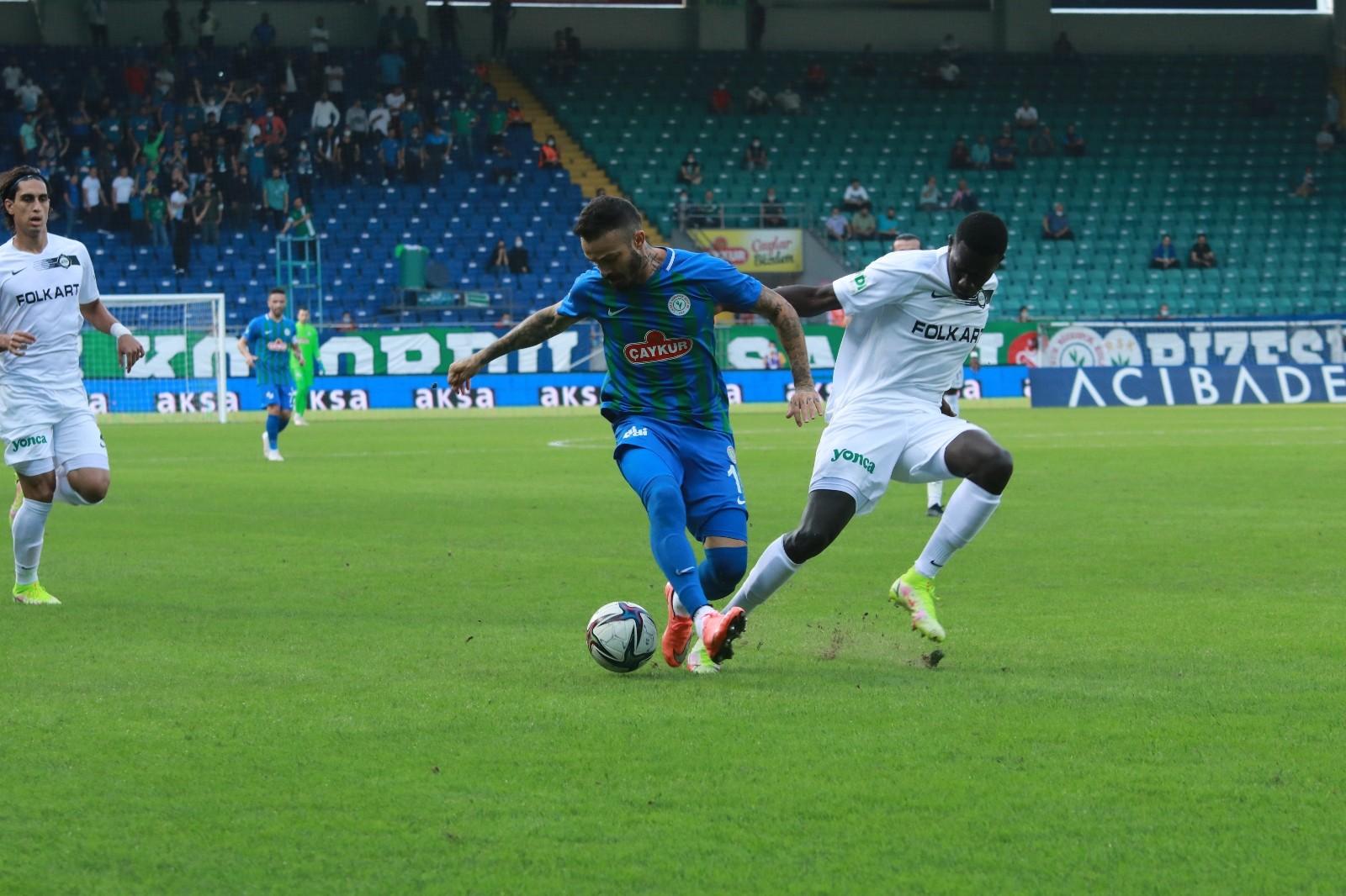 Süper Lig: Çaykur Rizespor: 0 – Altay: 1 (İlk yarı)