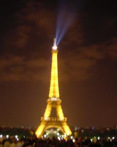 パリ エッフェル塔 夜景