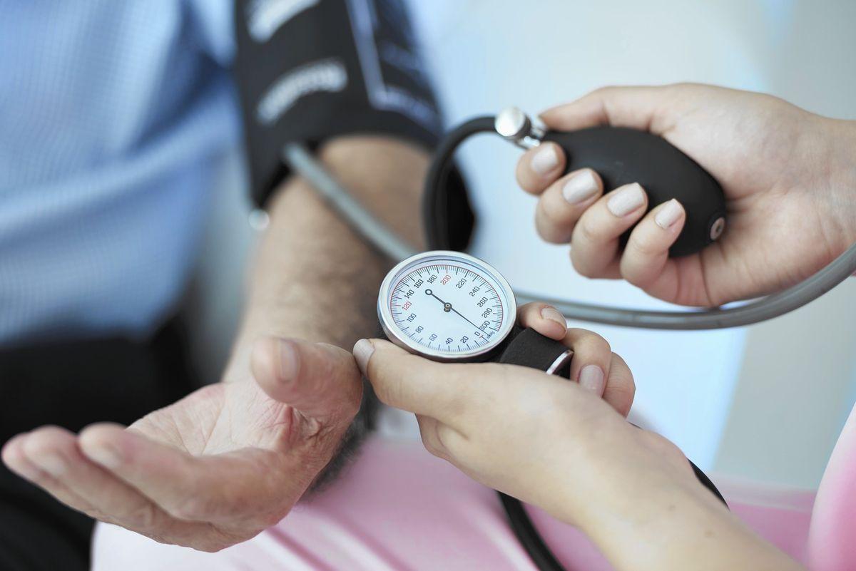 ضغط الدم وأسبابه