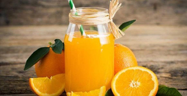 عصير البرتقال لامساك الرضع