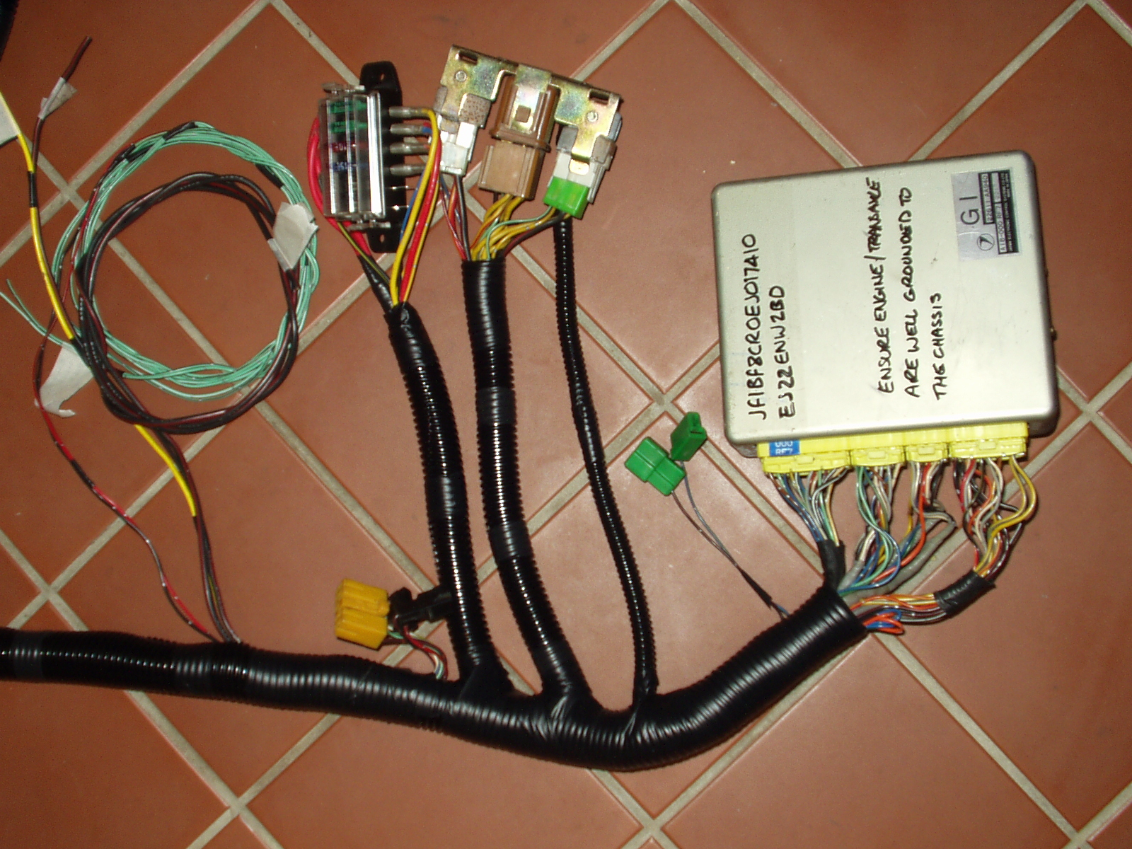hight resolution of harness buildingcustom harness wiring looms 11