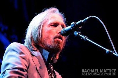 Performing a sold out show to a sea of Indiana boys and girls on an Indiana night, Tom Petty & the Heartbreakers rocked Klipsch Music Center in Noblesville, Ind. on Saturday, June 15, 2013. (Photo by Rachael Mattice/Journal & Courier)