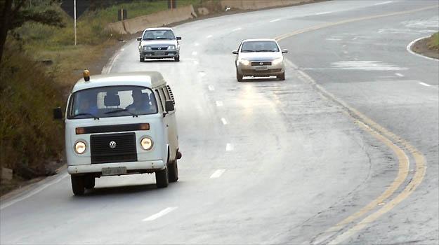 Transporte Rodoviario / Obras em rodovias de Minas Gerais foram suspensa pelo DNIT.